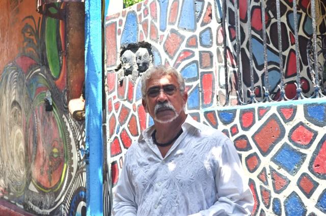 Artist Salvador Gonzalez Escalona