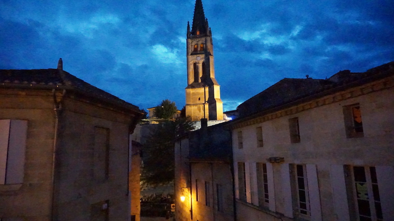 Saint-Émilion is beautiful and felt safe to walk at night.