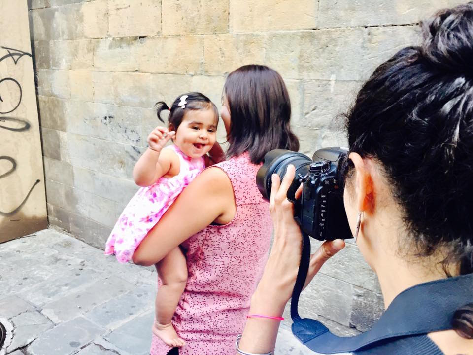 Family Photo Shoot in Barcelona with Shoot My Travel.